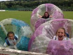 girls-in-bubbles
